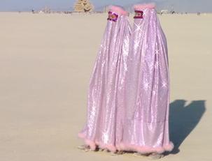 burka traversti