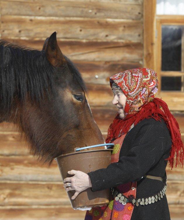 2012-03-21T075555Z_01_BUR16_RTRIDSP_3_RUSSIA