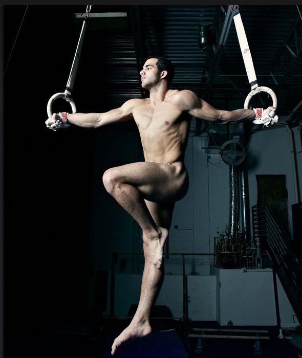 danell-leyva-gimnasia-desnudo