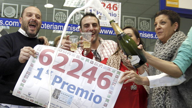 el_gordo-Loteria_de_Navidad-Manises-Valencia_MDSIMA20131222_0047_21